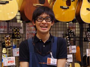 アコースティックギター担当の丸山龍太さん