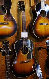Gibson LG-2 1943